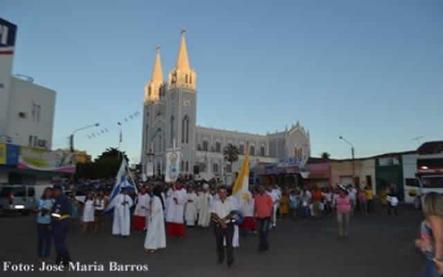 Procissão encerra programação da 165ª Festa de Nossa Senhora dos Remédios